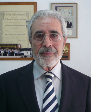 Hommage – Professeur Francisco (Paco) Rodríguez Reinoso (1941-2020)